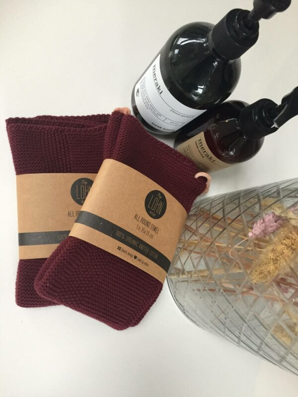 A KNITTED ALL ROUND TOWEL - MAROON UDGÅET FARVE - 35X35 CM (2 STK)